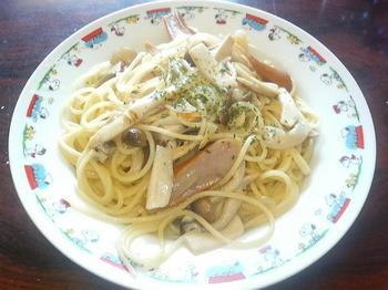 20110725-家でも料理-昼に作ったキノコのパスタ.jpeg
