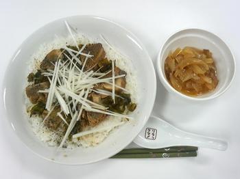 20130516-会社で料理-昨日作ったカツオの漬けで手こね寿司-05-出来上がり.jpeg