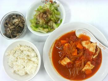 20130710-会社で料理-チキンのトマトソース煮とバターライス-06-出来上がり.jpeg