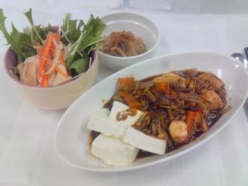 20150625-会社で料理-当選したエバラの横濱舶来亭のカレーBLACKで豪華な昼食-10-出来上がり.jpeg