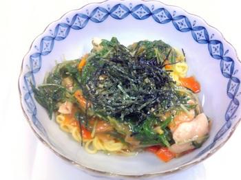 20150807-会社で料理-初登場のこんにゃく中華麺を使ったあんかけラーメン-08-出来上がり.jpeg