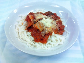 20151016-会社で料理-手作りトマトソースと糖質0麺のフィットチーネ風-04-出来上がり.jpeg