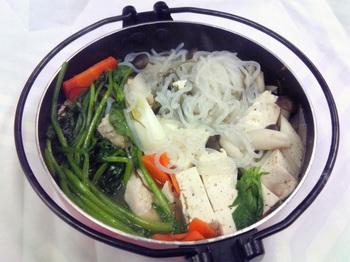20151201-会社で料理-量が多すぎた寄せ鍋+〆のにゅうめん-07-出来上がり.jpeg